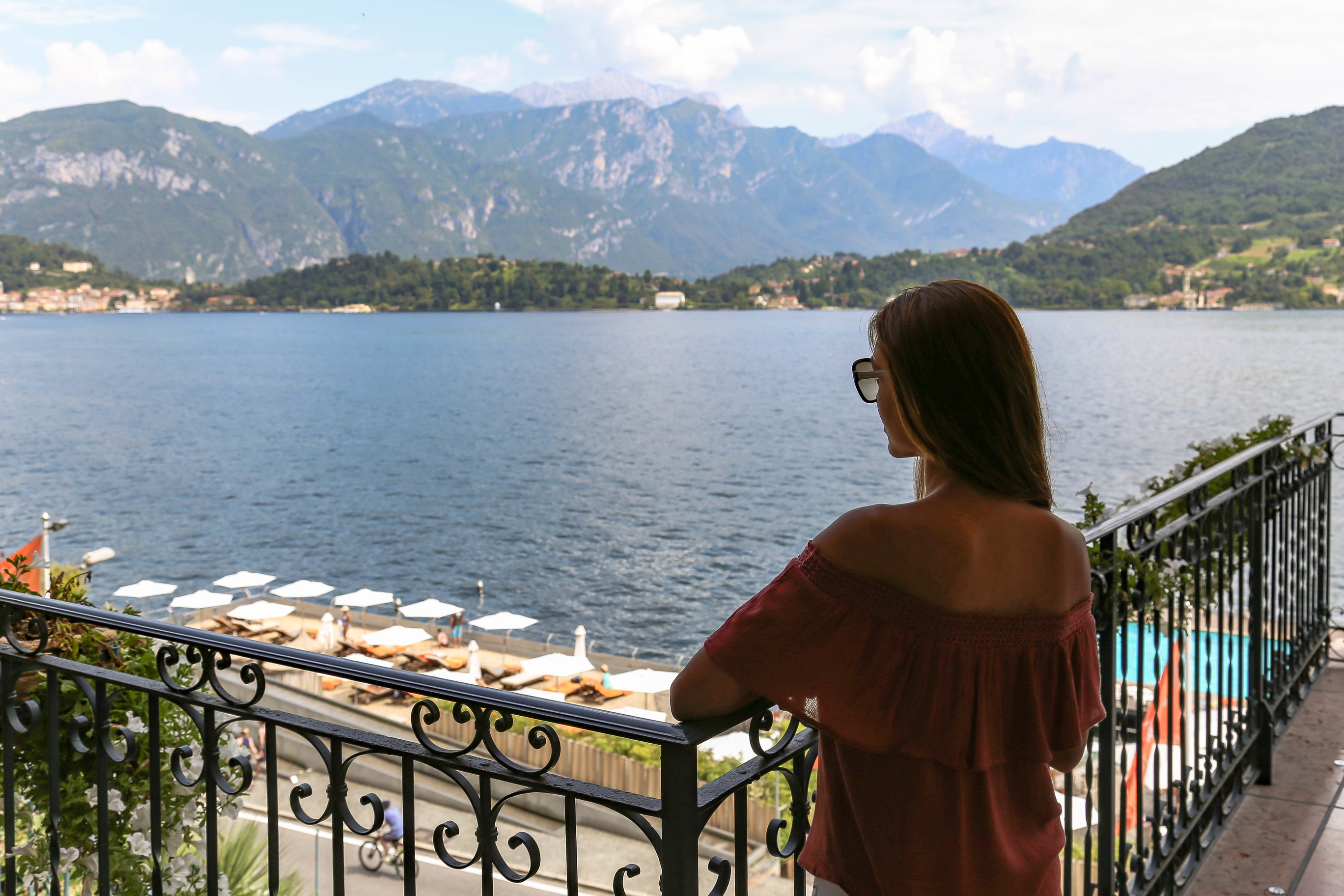 As Soon You Walk In To This 5 Star Property Are Overwhelmed By Italian Charm And Outstanding Views Of The Lake
